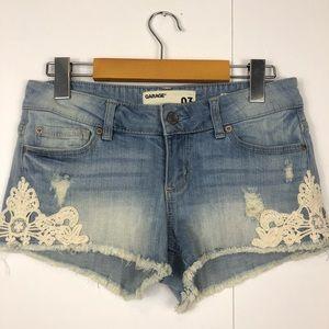 3/$30 Garage Flirty Denim Shorts W/Lace Trim Sz 3